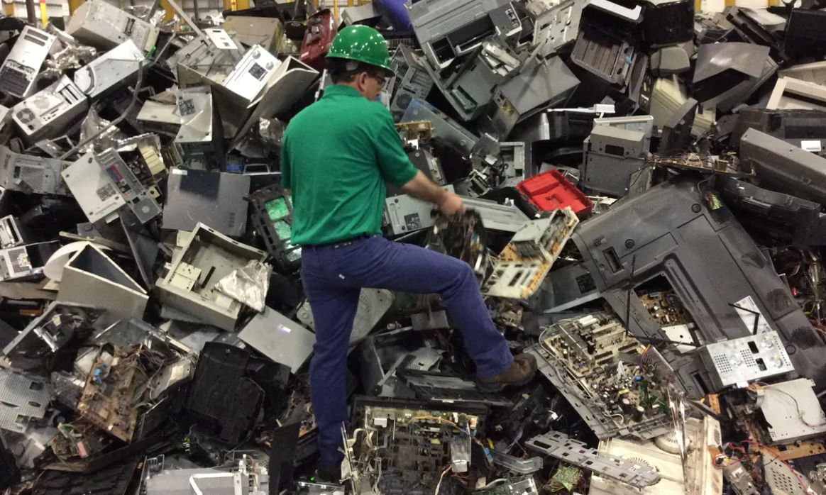 10 Facts About E-Waste
