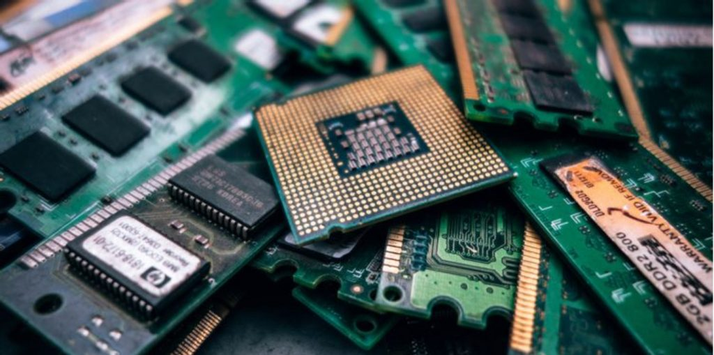 Here are some top reasons you should not dismantle your electronics before the recycling process.